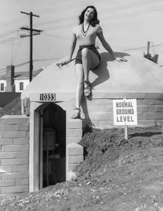A model shows off this West Los Angeles bomb shelter, located at 10333 Santa Monica Boulevard Like that would really protect you in an atom bomb! Zeppelin, Old Pictures, Old Photos, Vintage Photographs, Vintage Photos, Bomba Nuclear, Bomb Shelter, West Los Angeles, Photo Vintage
