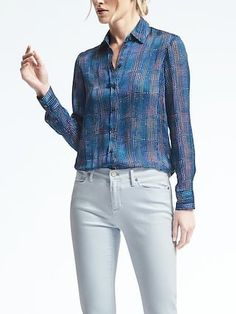 Easy Care Ruched-Neck Blouse | Banana Republic
