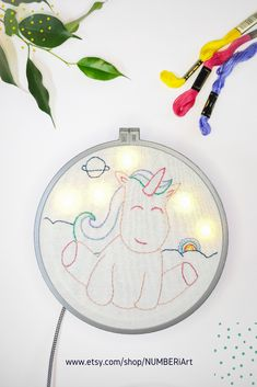 This unicorn nightstand lamp is so cute and peaceful. Just from looking at it a smile appear on your face, isn't it? it's relaxing atmosphere with the ambient warm light will make every nursery or kid Happy Unicorn, Unicorn Kids, Rainbow Unicorn, Nightstand Lamp, Bedside, Modern Bohemian Decor, Braids With Beads, Rainbow Nursery, Boho Nursery