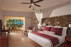 Live the life of luxury as a Preferred-Club guest at Secrets Royal Beach Punta Cana!
