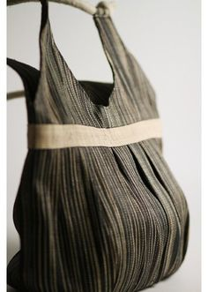 Love the Lindsay Tote made by rural Filipino artisans. President Of The Philippines, Philippines Fashion, Filipiniana, Product Development, Apc, Pinoy, Filipino, Brand Identity, Purses And Bags