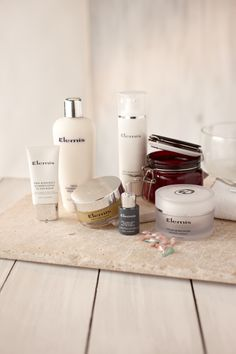 Treat yourself to Elemis spa-style skincare and beauty products at QVC UK, available with our money back guarantee. Beauty Nails, Beauty Makeup, Hair Beauty, Beauty And Beast Wedding, Qvc Uk, Beauty Boutique, Beauty Room, Beauty Routines, Pantry
