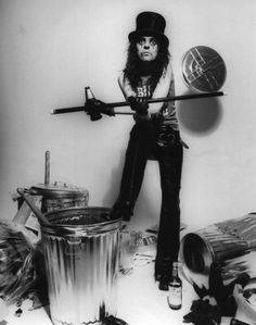 Alice Cooper...I know that is weird. But it's a nostalgia thing ♥ I adore him.