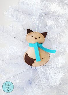 PDF Pattern Cozy Kitty Winter Felt Ornament от sosaecaetano