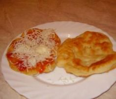Recipe Langoše z jogurtu by starakuca, learn to make this recipe easily in your kitchen machine and discover other Thermomix recipes in Hlavní jídla - ostatní. Kitchen Machine, Pizza, Breakfast, Image, Kitchens, Thermomix, Morning Coffee