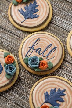 Sliced branch cookies for fall - cookie decorating video tutorial Fall Decorated Cookies, Fall Cookies, Iced Cookies, Cute Cookies, Cupcake Cookies, Cookies Et Biscuits, Birthday Cookies, Kawaii Cookies, Summer Cookies