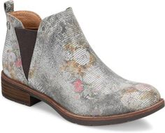 One of those statement pieces that ends up being a wardrobe workhorse - Sofft Bergamo bootie in a luscious floral | 1000s of comfortable women's shoes reviewed at www.BarkingDogShoes.com