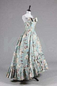 A chiné taffeta ball gown, attributed to Maggy Rouff, circa 1954