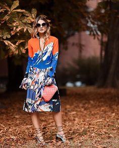 Outside @emiliopucci show!  #thassiastyle #MFW #ThassiaTakesMFW   Apaixonada por esse vestido do #EmilioPucci, quem mais!?