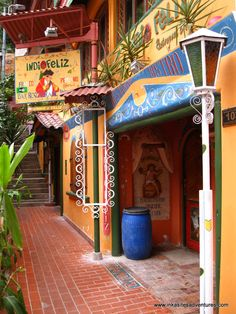 INDIO FELIZ BISTRO/BAR RESTAURANT  Located in Aguas Calientes (Machu Picchu) . With a classy menu, great options and amazing decor, this is the place to go!  Email us at Inka Sites Adventures for reservations at a discount price: info@inkasitesadventures.com