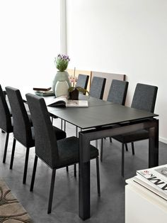 Airport dining table with ceramic top and Bess chair