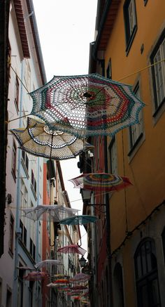 What a fabulous installation! architecturemindless: Coimbra's Street crochet