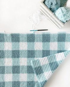 Crochet Teal Gingham Blanket Pattern Gingham crochet towel or blanket. Would make a nice gift - Christmas Crochet Towel, Crochet Cable, Manta Crochet, Free Crochet, Modern Crochet Patterns, Crochet Stitches Patterns, Stitch Patterns, Knitting Patterns, Crochet For Beginners Blanket
