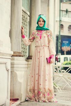 tesettür Islamic Fashion, Muslim Fashion, Hijab Fashion, Fashion Outfits, Abaya Designs, Hijab Wear, Hijab Outfit, Hijab Trends, Hijab Style