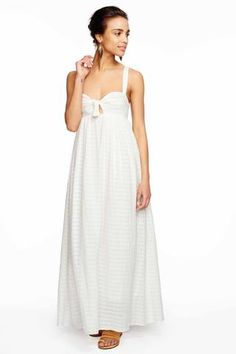 Feminine maxi dress - perfect for summer!