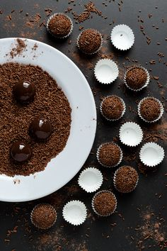 Sweets Photography, Cooking Photography, Chocolate Shop, Hot Chocolate Recipes, Space Food, Photo Food, Pastry Cake, Kakao, Food Pictures