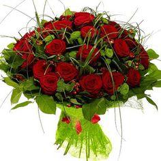 Артикул: 035-100 Состав букета: 37 роз красного цвета, 10 веток хризантем зеленого цвета, гиперикум, декоративная зелень, оформление Размер: Высота букета 60 см Роза: Выращенная в Украине http://rose.org.ua/bukety-iz-roz/617--azija-byket-tsvetov.html #букеты #букетроз #доставкацветов #RoseLife #flowers #SendFlowers #купитьрозы #заказатьрозы   #розыпоштучно #доставкацветовкиев #доставкацветовукраина #срочнаядоставка #заказатьрозыкиев