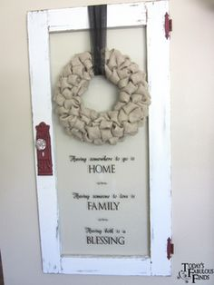 Today's Fabulous Finds: Burlap 'Bubble' Wreath Tutorial:  Great step-by-step for this visual gal! ;)