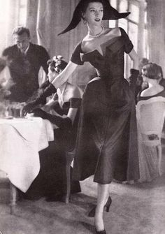 Dior -1949 (Lilli's whole wardrobe is Dior)