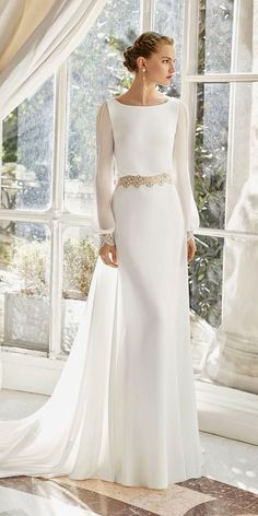 Courtesy of Rosa Clara Wedding Dresses;es/en Courtesy of Rosa Clara Wedding Dresses; Rosa Clara Wedding Dresses, Wedding Dress Organza, Modest Wedding Dresses, Elegant Wedding Dress, Designer Wedding Dresses, Bridal Dresses, Lace Dress, Wedding Gowns, Fall Wedding