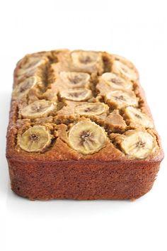 Now on 5 Ingredient Flourless Banana Bread Healthy Banana Bread, Healthy Cake, Healthy Baking, Healthy Desserts, Dessert Recipes, Banana Nut, Healthy Recipes, Healthy Snacks For Diabetics, Banana Bread Recipes