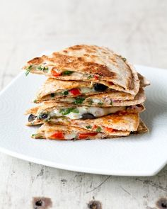 Greek Quesadillas by acouplecooks: Healthy and delicious! #Quesadilla #Greek #acouplecooks