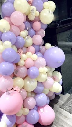 Baby Shower Balloon Garland - This beautiful balloon display features pink, purple, and ivory balloons with silver butterflies. Butterfly Balloons, Butterfly Birthday Party, Purple Balloons, Butterfly Baby Shower, Baby Shower Purple, Deco Baby Shower, Baby Girl Shower Themes, Baby Shower Balloons, Baby Shower Parties