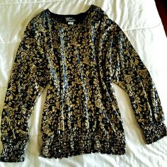 Vintage - 80s - Black & Metallic Gold Vintage - 80s - Black & Metallic Gold Lame - Abstract - Floral Lace - Slouchy - Blouse - RN #70915 ..100% Polyester Made in Usa imported fabric by Silver Threads..  Size :Medium A.L.C. Tops Blouses