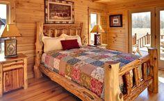 Потрясающая кровать из дерева