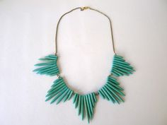 Spike necklace | 20 Gorgeous DIY Statement Necklace Ideas
