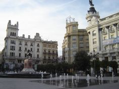 Córdoba - Plaza Tendillas  - photo: Robert Bovington  #Cordoba #Andalusia #Spain #España   http://bobbovington.blogspot.com.es/