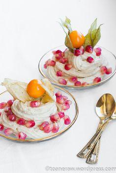 Crema de caju cu fructe exotice Nu e chiar frozen yogurt, dar a fost o varianta apreciata de copil.