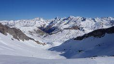 Lurien (2826 metros), Palas (2974 metros), Arriel (2824 metros), Balaitous, Frondiellas, Gran Facha (3005 metros) y Tebarray (2886 metros)