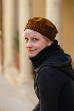 Woolly Wormhead - Medici - knitting pattern for a striking tam