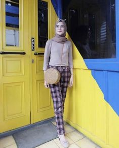 Style Hijab Ootd Fashion Dresses 47 Ideas For 2019 Street Hijab Fashion, Muslim Fashion, Ootd Fashion, Skirt Fashion, Trendy Fashion, Fashion Dresses, Preppy Casual, Casual Hijab Outfit, Ootd Hijab