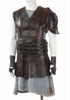 Gladiator: leather tunic with shoulder piece