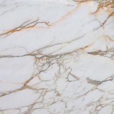 Gold Kitchen, Granite Kitchen, Home Decor Kitchen, Kitchen Countertops, Kitchen Ideas, Copper And Marble, Beige Marble, Green Kitchen Designs, York Stone