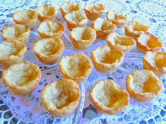 SPLENDID LOW-CARBING BY JENNIFER ELOFF: APPETIZERS FOR SUPER BOWL USING THE MIRACLE DOUGH