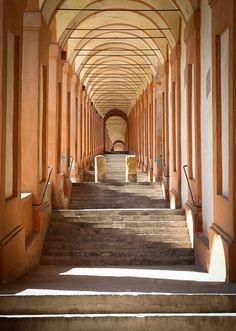 Porticato di San Luca