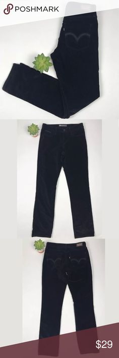 """Levis MIDRISE Skinny Suede Black Jeans Sz 27 In very good conditions. No stains or damages.                                  Please ask any questions prior to purchase. Questions are usually answered the same day for your convenience.   Items are stored in a pet and smoke free environment.   Thanks for shopping in my store!    MEASUREMENTS: Waist 27"""" Inseam 32"""" Levi's Jeans Skinny"""