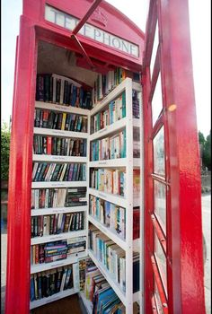 What a novel idea - villagers transform redundant phone box into a LIBRARY Phone Box Book Exchange - an iconic red phone booth was repurposed in Dorset, England. With no local library, a phone box was stripped of the phone equipment and sold to the town f Little Free Libraries, Little Library, Dream Library, Mini Library, Local Library, Library Books, Beautiful Library, Home Libraries, World Of Books