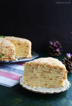 TORT NAPOLEON I Rețetă + Video - Valerie's Food Sweets Recipes, Gourmet Recipes, Cake Recipes, Healthy Recipes, Healthy Food, Napoleons Recipe, Napoleon Cake, Food Cakes, Pavlova