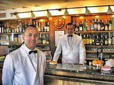 [ Harry's Bar in Venice, Italy ]