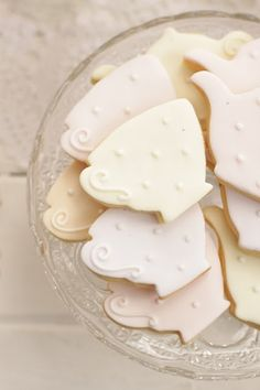 Cookies - for my mother in law and her sisters - they love tea and these would be perfect!