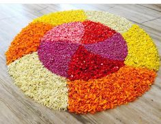 Rangoli Designs Flower, Rangoli Designs Images, Flower Rangoli, Diwali Decorations, Festival Decorations, Flower Decorations, Onam Pookalam Design, Hindu Festival Of Lights, Latest Rangoli