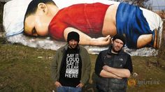 A huge graffiti image of toddler Aylan Kurdi, pictures of whose dead body stirred global sympathy for migrants fleeing war and poverty, confronts motorists, pedestrians and river travellers in Frankfurt. Graffiti Images, Graffiti Artwork, Online Stories, Grafiti, Expositions, National Museum, My Heart Is Breaking, Street Art, Children