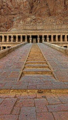 Mortuary Temple of Queen Hatshepsut, Deir el Bahari-Luxor . Ancient Ruins, Ancient Artifacts, Ancient Egypt, Ancient History, Egyptian Art, Egyptian Queen, Ancient Architecture, Ancient Civilizations, Belle Photo