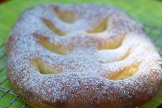 Это традиционный прованский хлеб, который обычно пекут к Рождеству