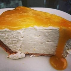 Guilt free Lemon Cheesecake - it's sugar free and gluten free! You have to try it.
