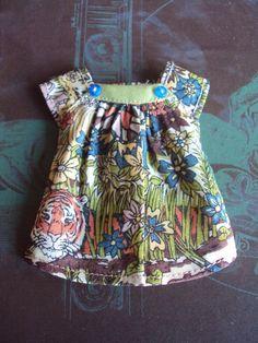 Cap sleeve blouse for Blythe -Liberty Jungle by moshimoshistudio